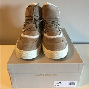 Marc Fisher Sana tan suede sneaker boots 9.5